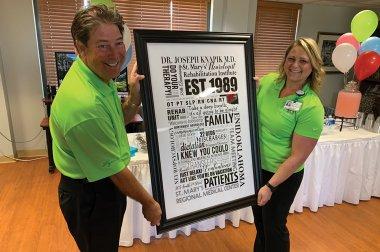 Celebración de30 años de rehabilitación física que cambia la vida